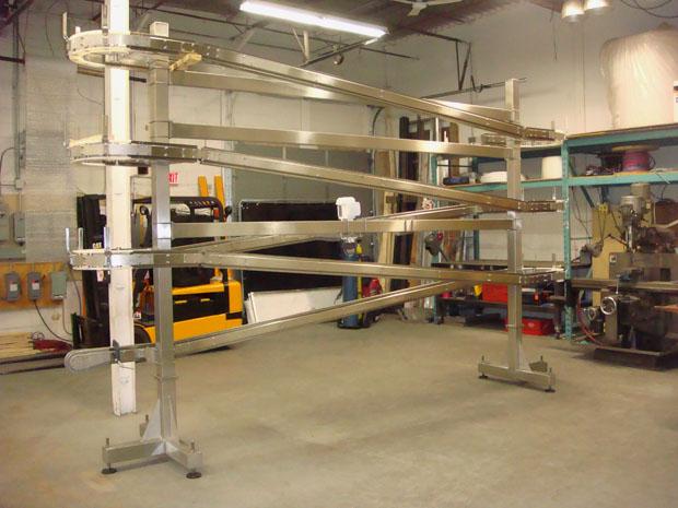 Accumulation Table Conveyor on One Spiral Conveyor Video – Stainless Steel Alpine Conveyor Table ...