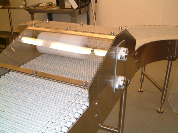 Powered Bag Flattener Conveyor